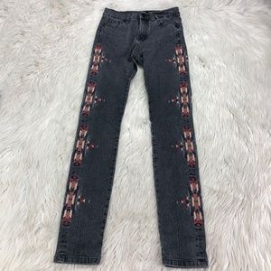 BDG Women's Embroidered Skinny Jeans